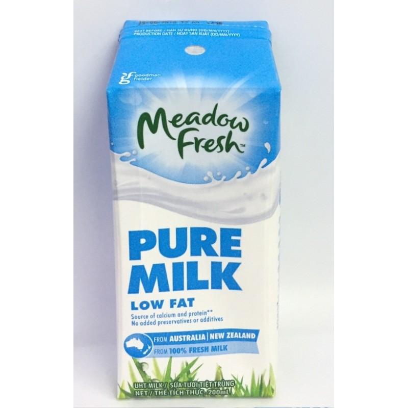 Sữa tiệt trùng nguyên kem Meadow Fresh
