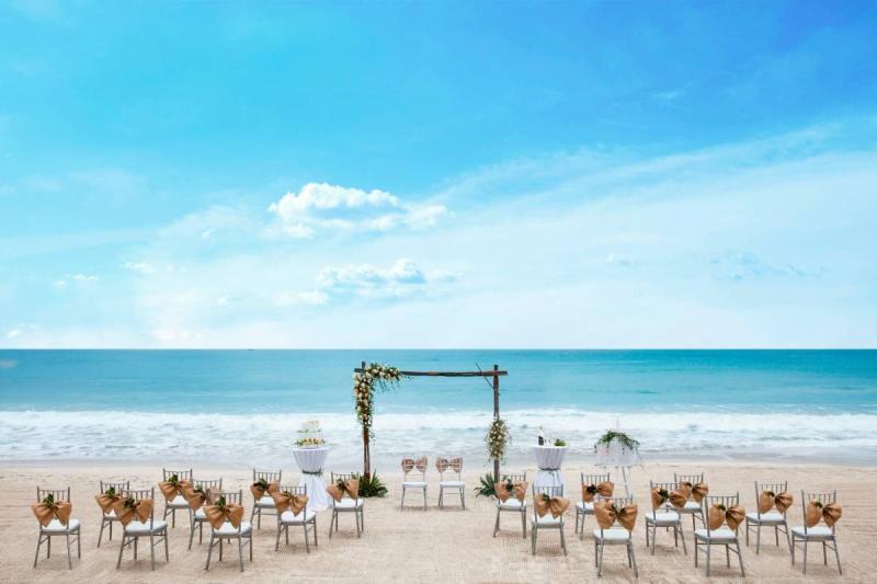 Đám cưới trên biển tại Sunrise Nha Trang