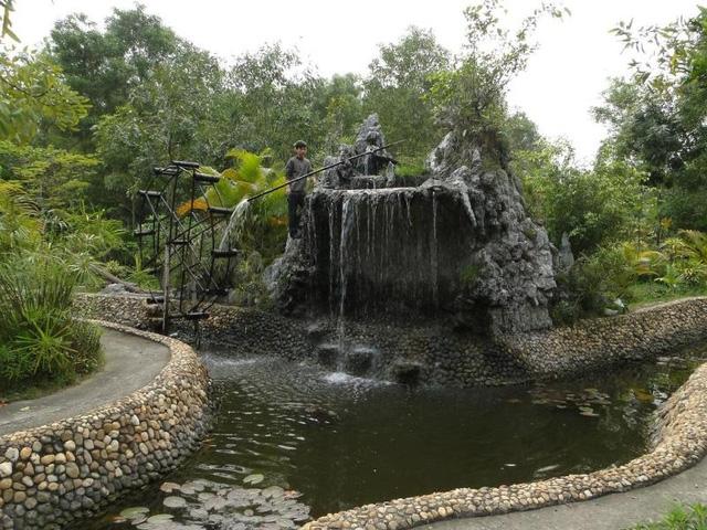 Suối nước nóng Tiên Lãng (Hải Phòng)