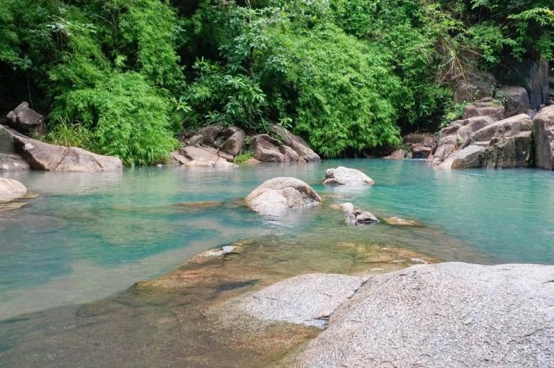 Dòng nước trong xanh