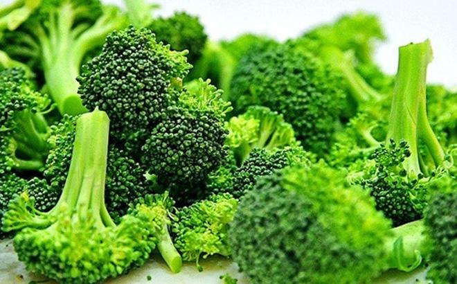 Súp lơ xanh chứa nhiều chất xơ cải thiện chứng táo bón