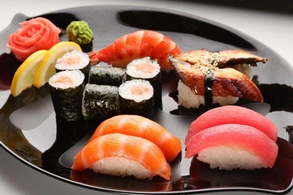 Sushi Nhật Bản