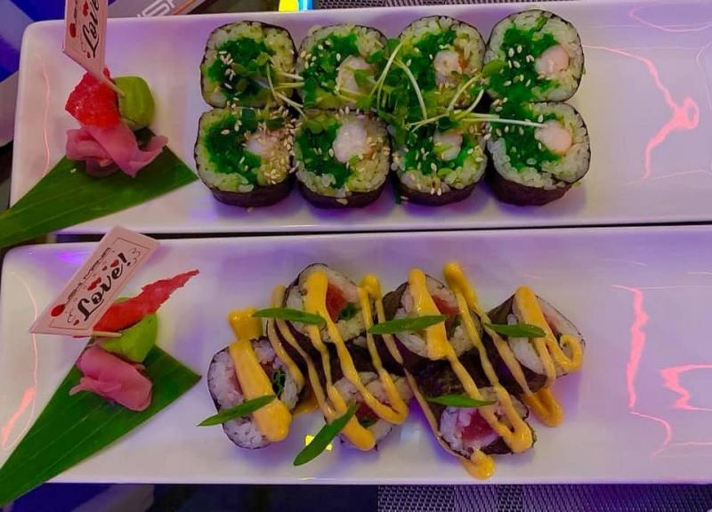 Sushi Mania Lounge