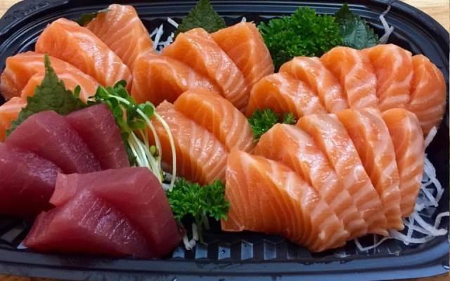 Những miếng hải sản tươi ngon ở Sushi Masa