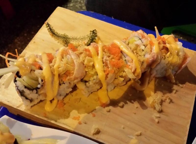Sushi cali tại quán