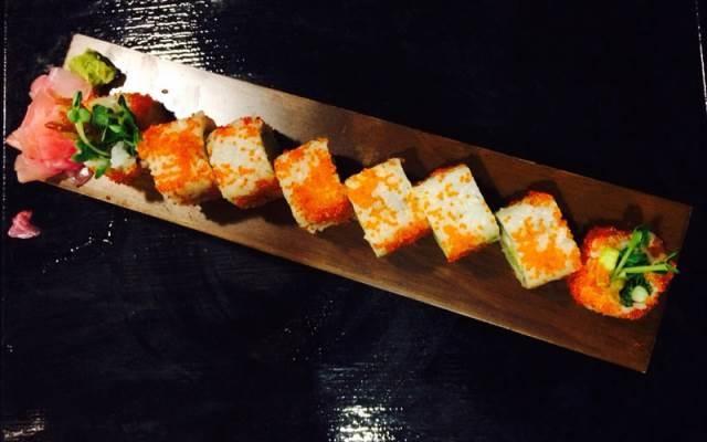 Sushi ở nhà hàng Sushi To