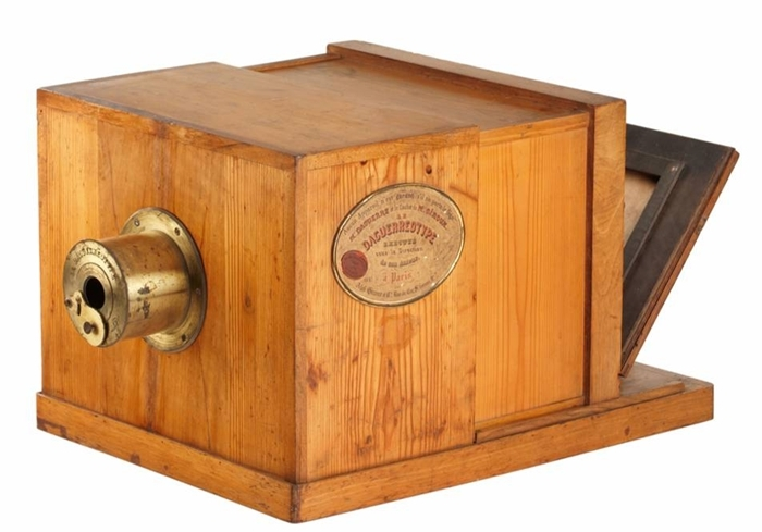 Susse Frères Daguerreotype có quãng thời gian dài nắm giữ kỷ lục là chiếc máy ảnh đắt  nhất hành tinh