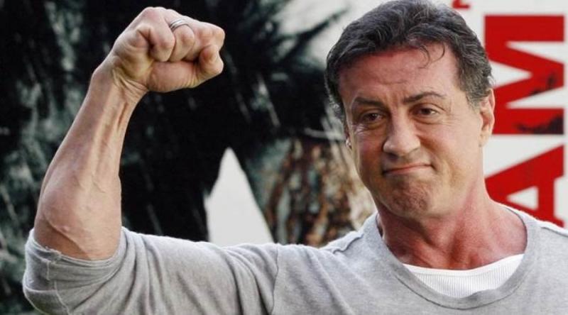 Những vai diễn về một người đàn ông mạnh mẽ và ngang tàng gắn liền với Sylvester Stallone