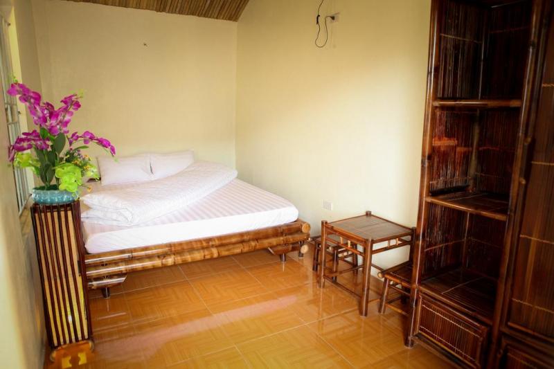 Tam Coc Bamboo Homestay tuy có vẻ ngoài không quá nổi bật như những địa chỉ homestay khác nhưng vẫn đảm bảo mang đến sự hài lòng cho những du khách đã đi qua.