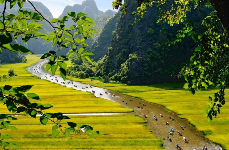 Tam Cốc – Bích Động, điểm đến cần khám phá tại Ninh Bình