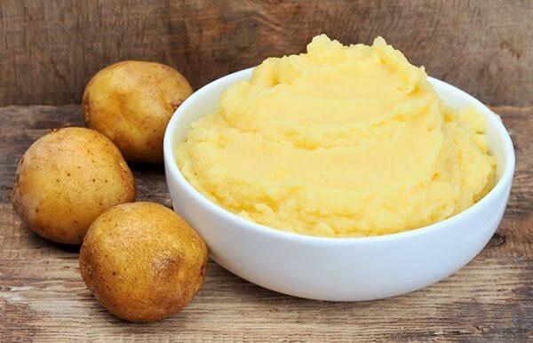 Tắm trắng cấp tốc tại nhà bằng sữa chua, khoai tây