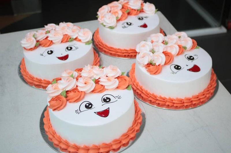 Bánh kem mặt cười