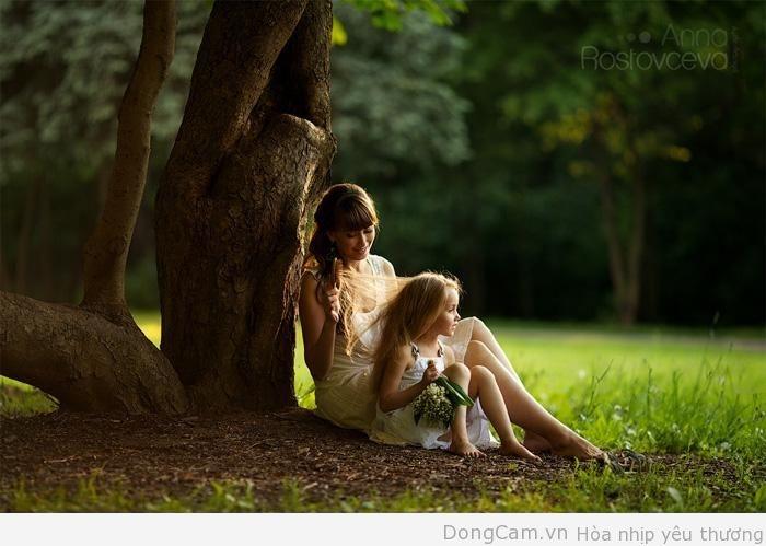 Giây phút hạnh phúc khi mẹ bên con (Nguồn: Internet)