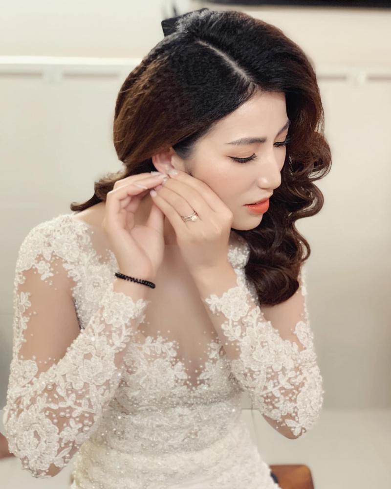 Tan Phan Make Up