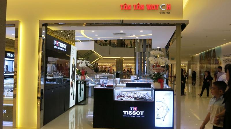 Cửa hàng đồng hồ Tân Tân