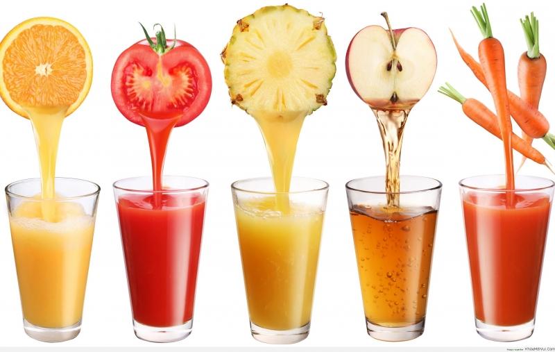 Nước ép trái cây cung cấp cho cơ thể lượng nước đầy đủ
