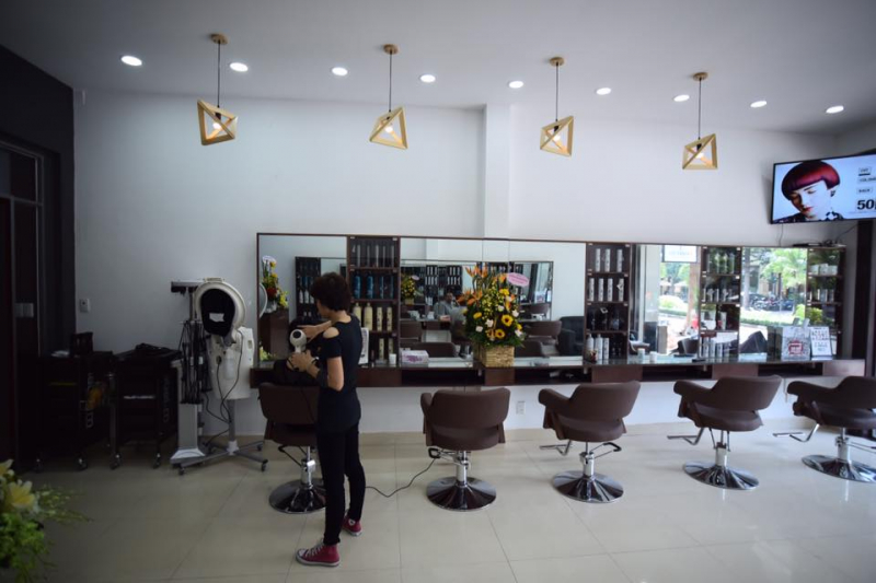 Tanny Vu salon