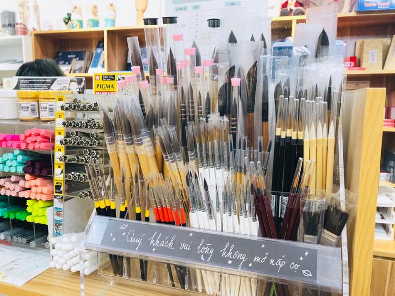 Tanuki art supplies