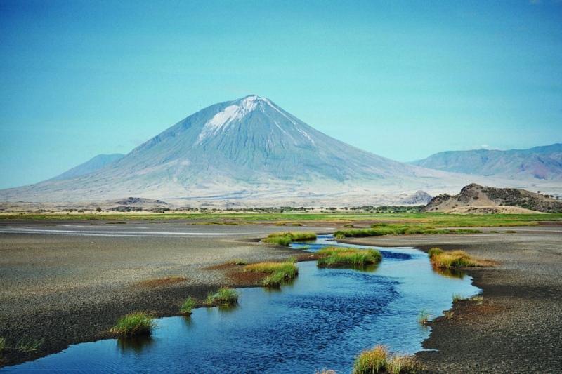 Tanzania có đỉnh Kilimanjaro - điểm cao nhất châu Phi