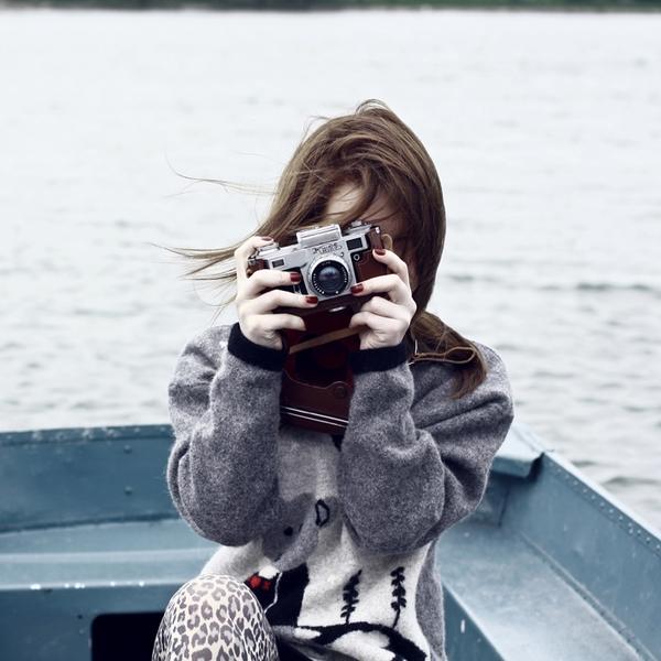 Nét duyên gì đằng sau máy ảnh?