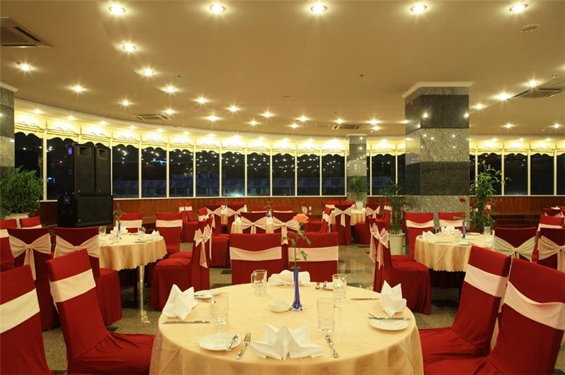 Restaurant for formal areas