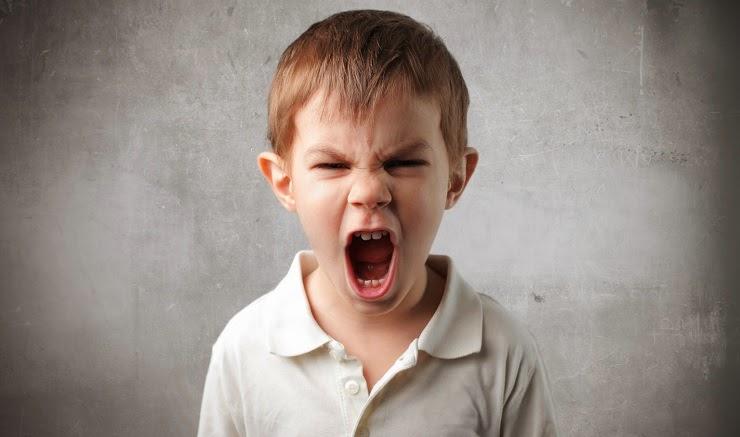 Không bắt chước ngôn ngữ của trẻ