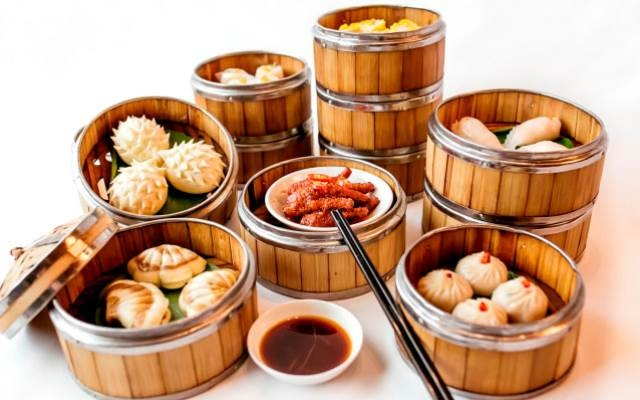 Ngon miệng với thức ăn tại Taoli Chinese Restaurant - Hotel Nikko Hanoi