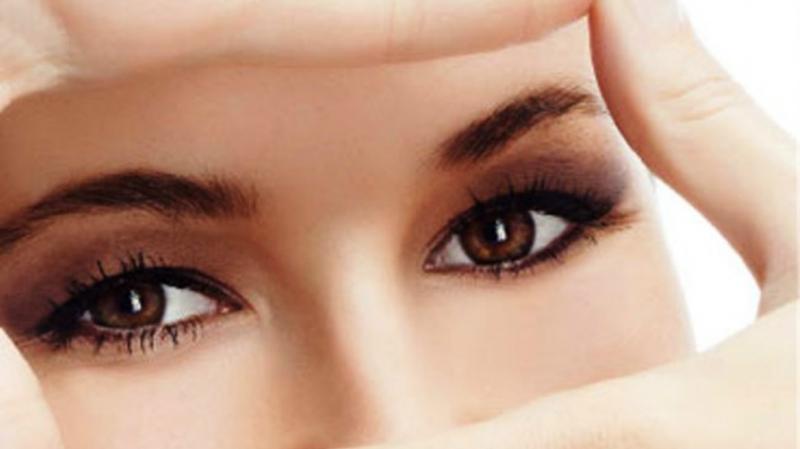 Nhìn xa để tạo thói quen tốt cho mắt cận