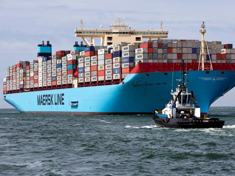 Vận tải hàng hóa trên biển
