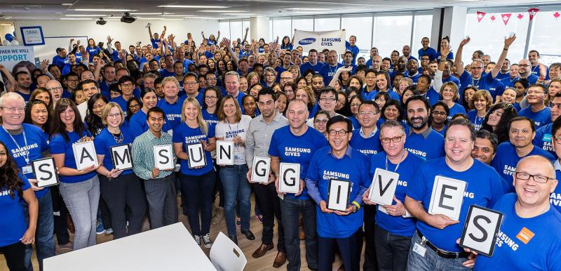 Samsung có khoảng gần nửa triệu nhân viên trên khắp thế giới