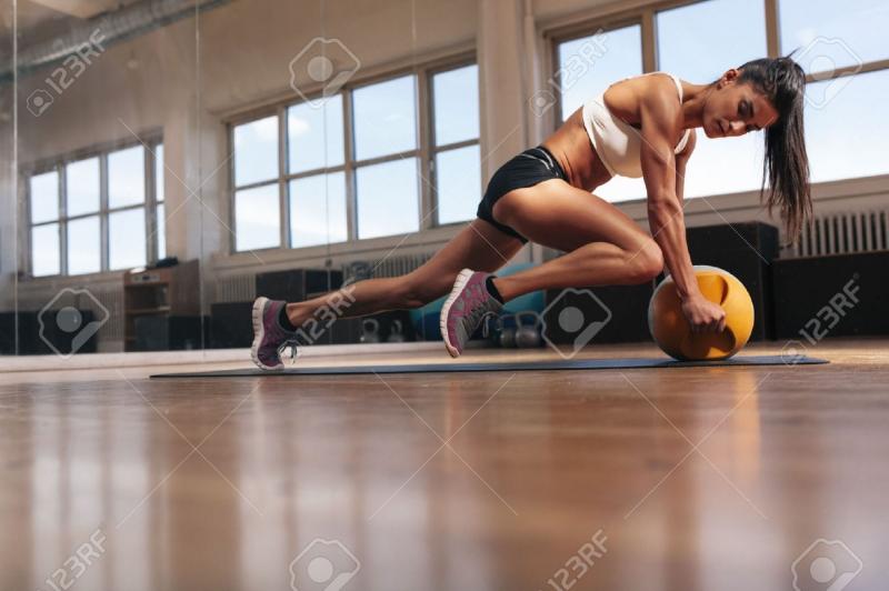 Phụ nữ luyện tập với cường độ quá cao dẫn tới rối loạn quá trình rụng trứng.