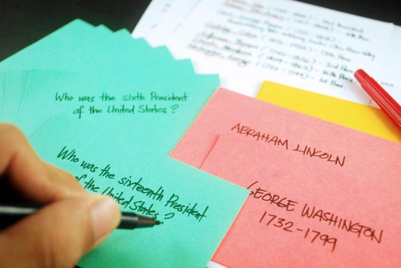 Tập thói quen ghi chú là một phương pháp ôn thi vào lớp 10 hiệu quả dành cho teen lớp 9
