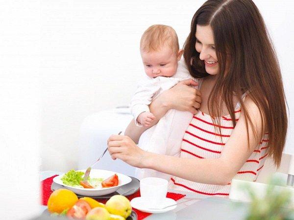 Ăn uống khoa học để nhanh lấy lại vóc dáng sau sinh