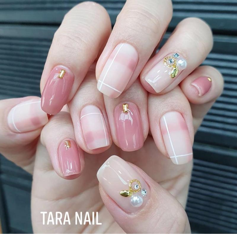 Tara Nail