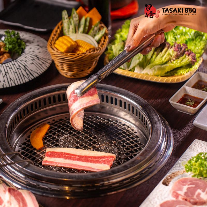 Tasaki BBQ là một nhà hàng nướng kiểu Nhật  đã tạo cho mình một