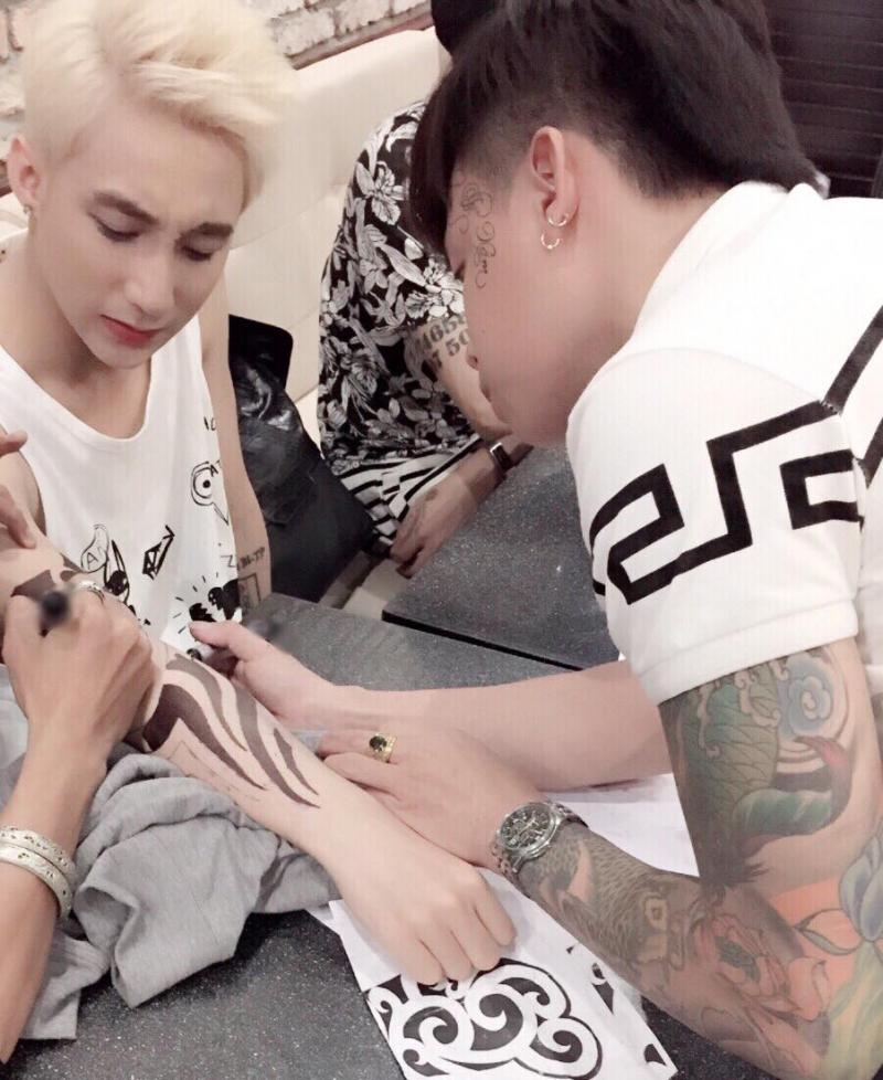 Tattoo Long Tâm