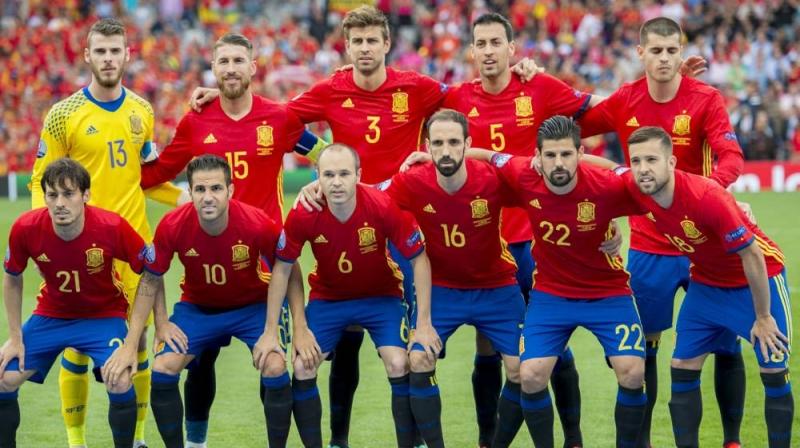 Tây Ban Nha đang trẻ hóa lực lượng của mình