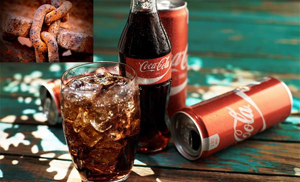 Cocacola làm sạch vết rỉ sét cực hiệu quả