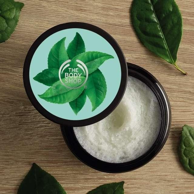 Tẩy Tế Bào Chết Cho Da Đầu The Body Shop Fuji Green Tea Cleansing Hair Scrub