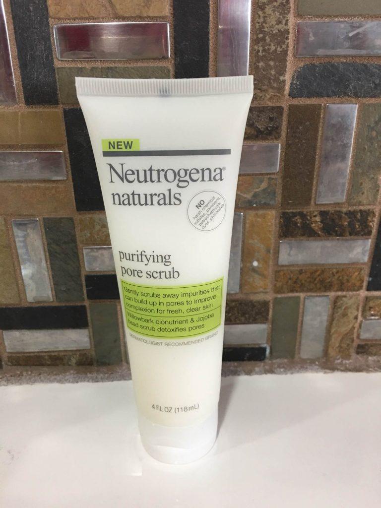 Tẩy tế bào chết Neutrogena Natural Purifying Pore Scrub
