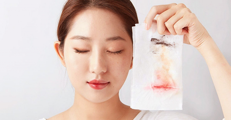 Tẩy trang Nature Republic Hawaiian Deep Sea Lip&Eye Remover giúp bạn làm sạch da vùng mặt và môi một cách hoàn hảo nhất