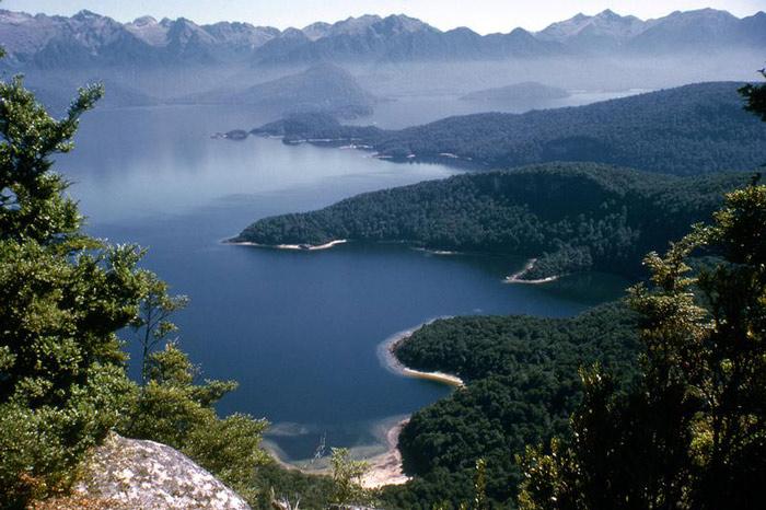 Te Wahipounamu (Tây Nam New Zealand)