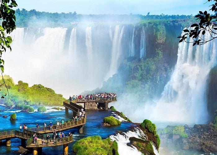 Thác nước Iguazu, Argentina và Brazil