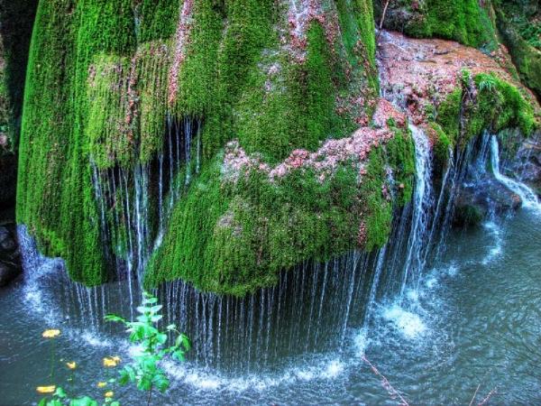 Top 20 địa điểm kỳ lạ nhất trên thế giới có thể bạn chưa biết