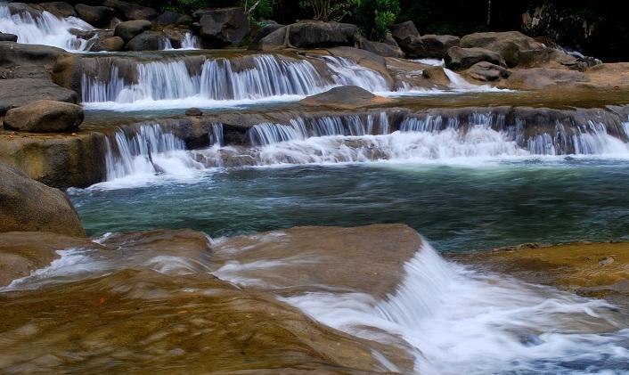 Vẻ đẹp quyến rũ của thác YangBay