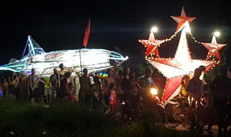 """""""Đêm hội rước đèn"""" đặc sắc ở xã Đông Hoàng"""