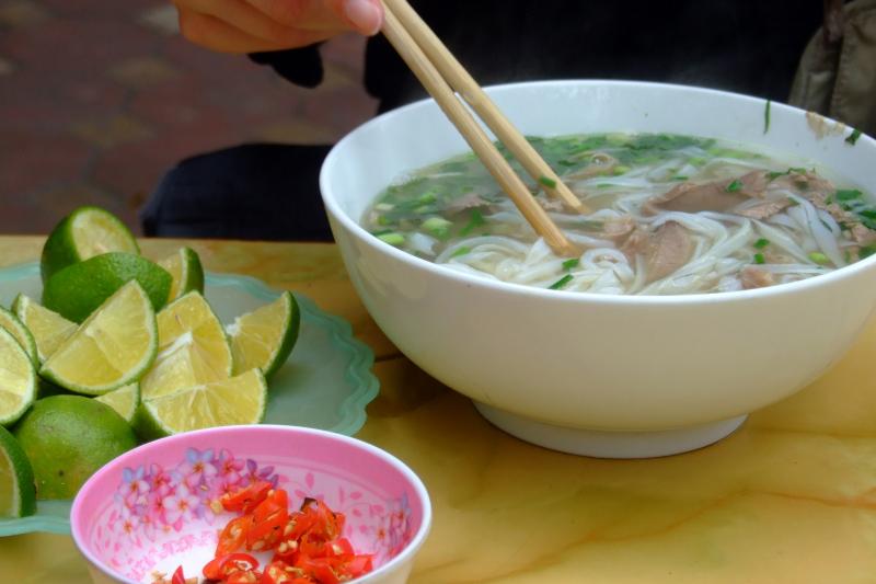 Một bát phở của quán Thái khá chất lượng, vừa ngon vừa đủ sức giúp bạn no bụng.