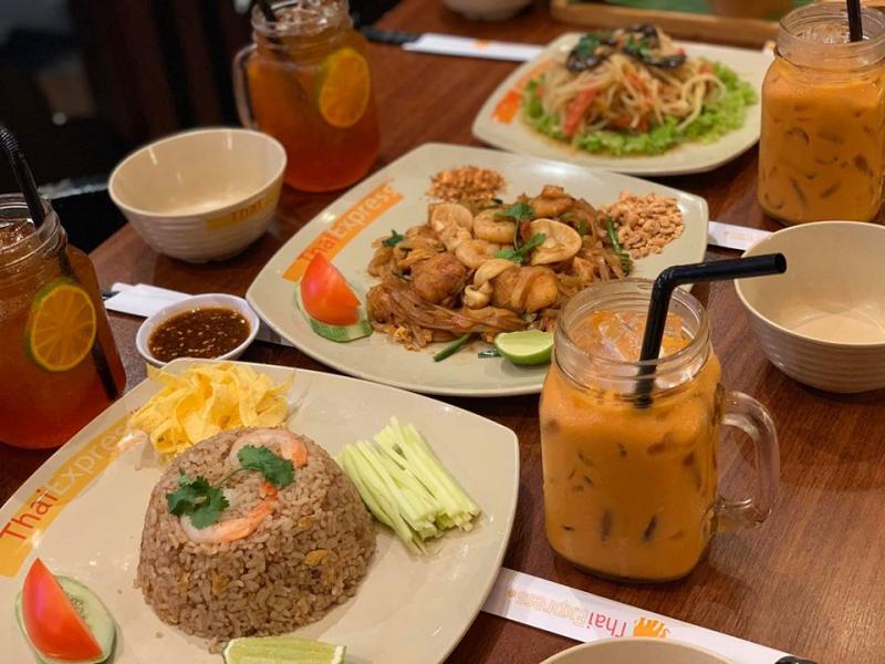 Menu của quán hội tụ nhiều món ăn đặc sản chính thống của Thái với mức giá hợp lý nhất