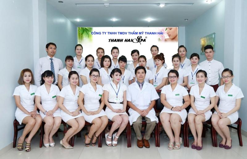 Đội ngũ bác sĩ và nhân viên tại Thanh Hải Spa