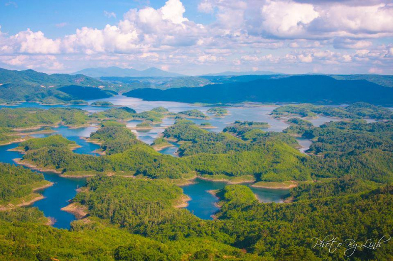 Hồ Tà Đùng toàn cảnh từ trên cao